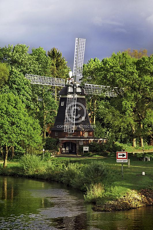 Höltingmühle am Dortmund-Ems-Kanal