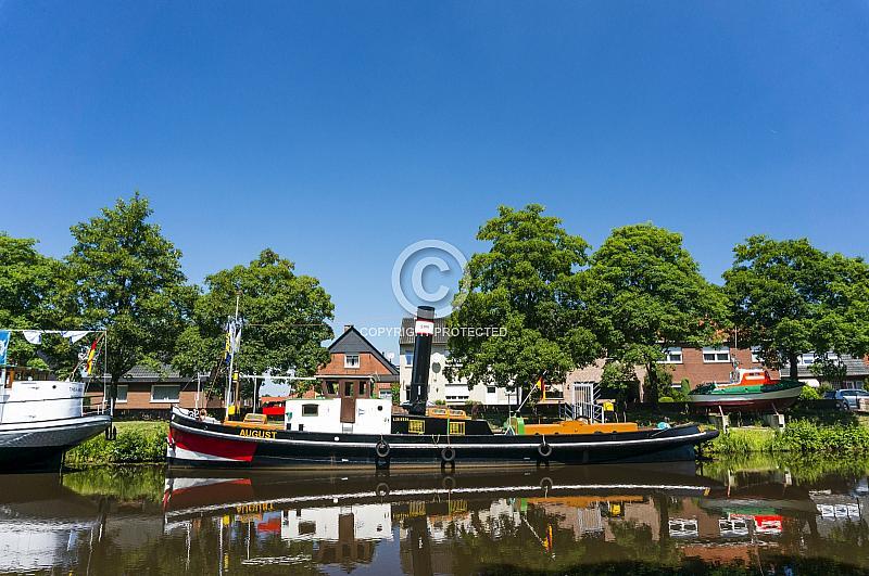 Schiff auf dem Haren-Rütenbrock-Kanal