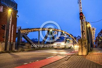 Hubbrücke bei Dämmerung