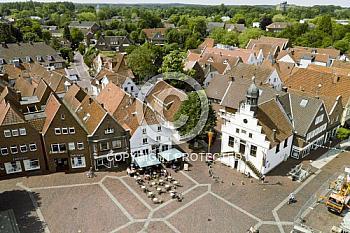 Luftaufnahme des Marktplatzes in Lingen