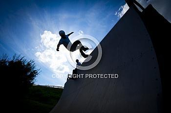 Silhouette von Skater