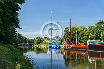 Schiffe auf dem Haren-Rütenbrock-Kanal