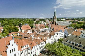 Luftaufnahme der Bonifatiuskirche Lingen