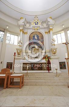 Innenraum der Kirche in Oberlangen