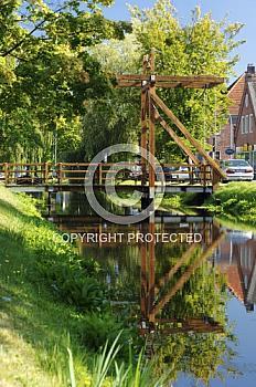 Hubbrücke aus Holz