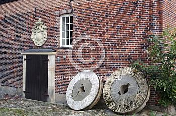 Mühlsteine der Herrenmühle in Meppen