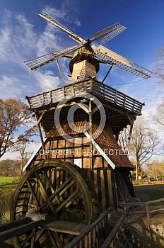 Hüvener Mühle im Herbst