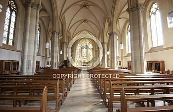 Innenraum der Kirche in Freren
