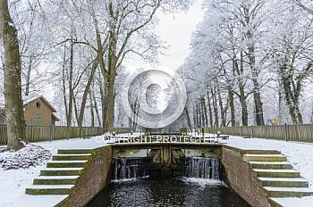 Die Koppelschleuse im Winter bei Schnee